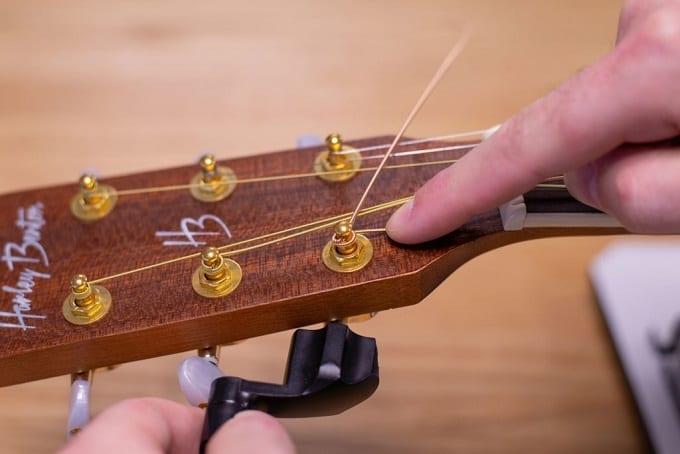 Guitar Strings Changing